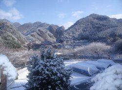 白糸旅館より冬の風景