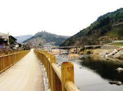 矢部川にも歩いて行けます
